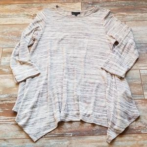 Sweater with 3/4 length sleeve